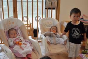 赤ちゃんと男の子