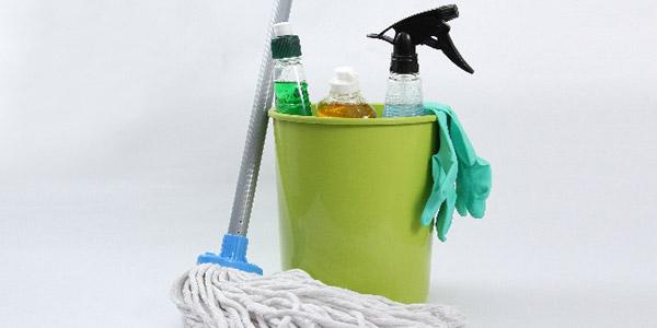 掃除用具は出しやすいような収納を工夫