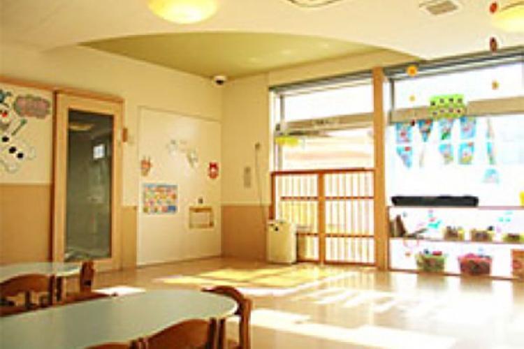 日生赤羽駅前保育園ひびき