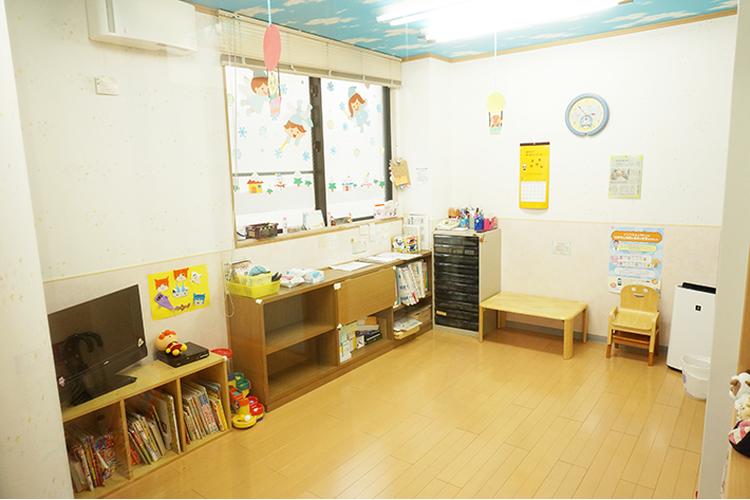 たかはし小児科循環器科医院 病児保育室ぞうさん