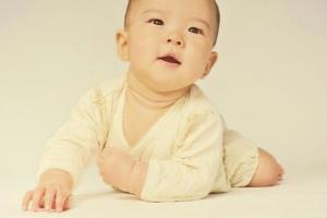 山梨県立中央病院院内託児所【アイグラン】
